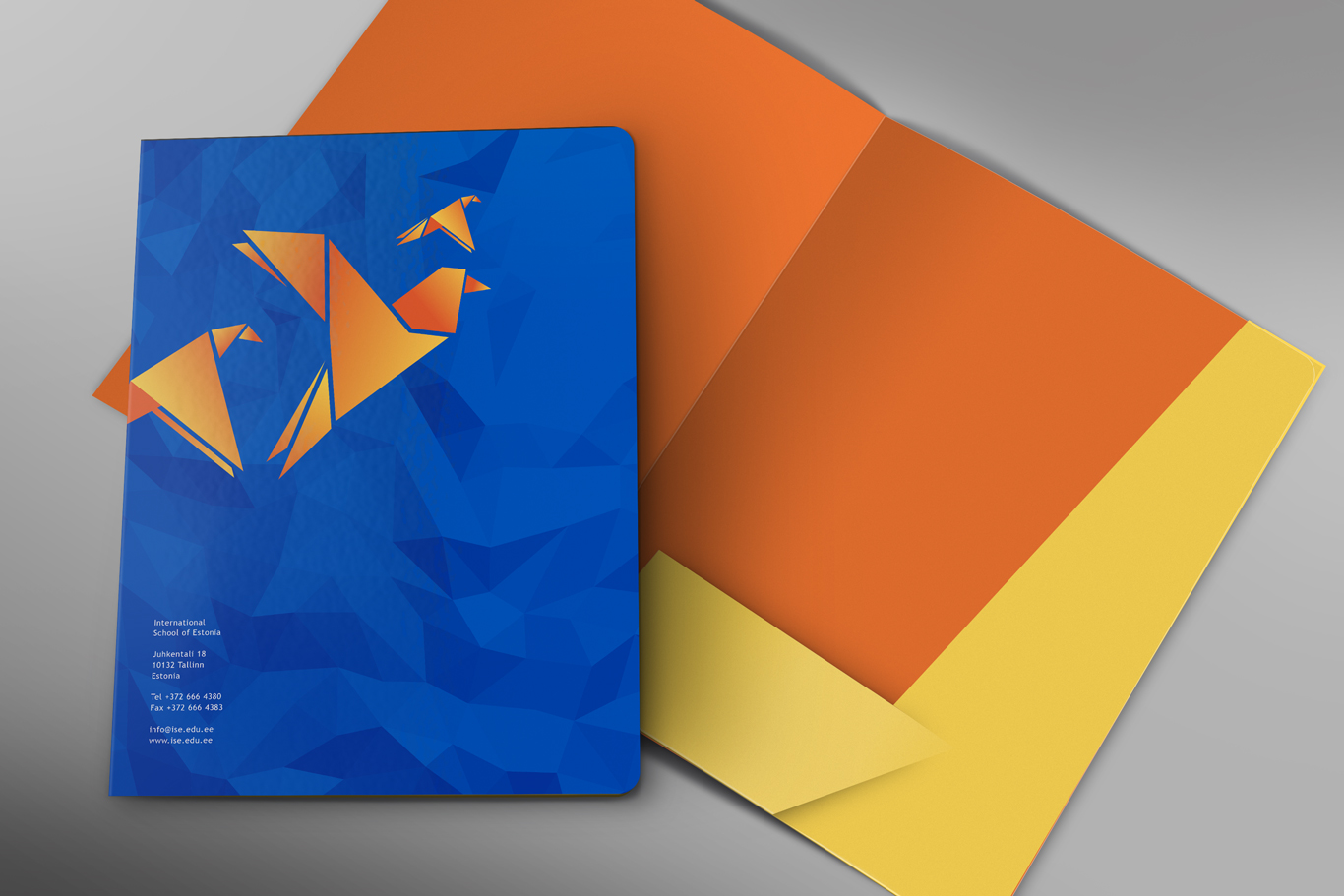 ise-Front-and-Inside-Folder-Mockup-PSD-Template
